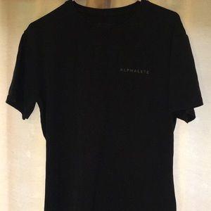 Men's Alphalete performance t-shirt. (M)